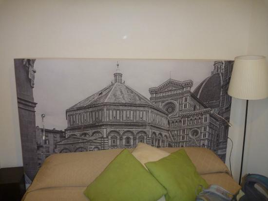 Duomo View B&B: Tête de lit
