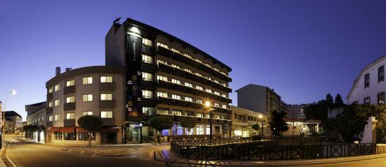 AquaHotel: The building