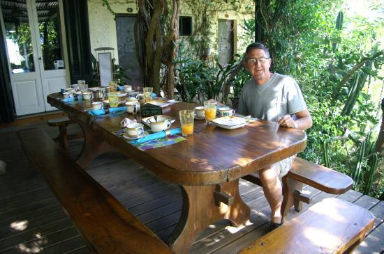La casa de loslimoneros: breakfast