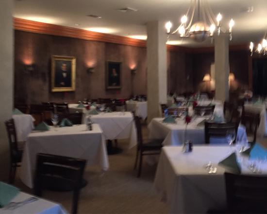 Planters Inn: Dining room