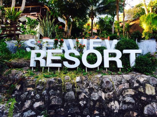 Seaview Resort and Restaurant : The sign at the hotel