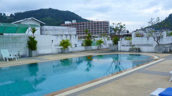 Arita Hotel: piscine au 6 ème étage