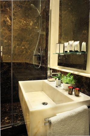 Nerva Boutique Hotel : Bathroom