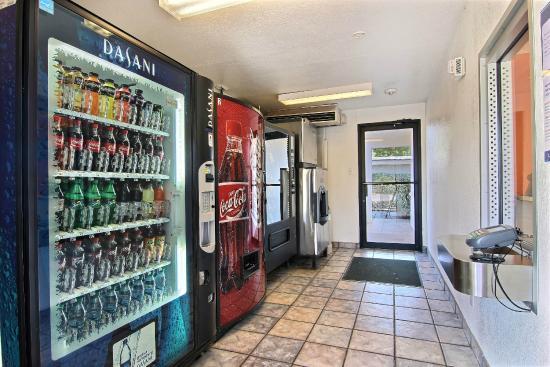 Motel 6 Abilene: Vending
