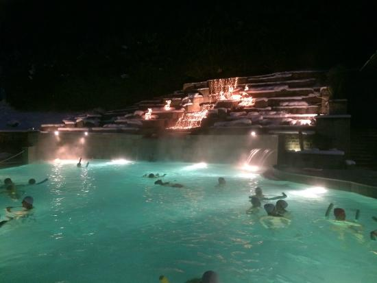 Piscina esterna picture of roseo euroterme wellness resort bagno di romagna tripadvisor - Week end bagno di romagna ...