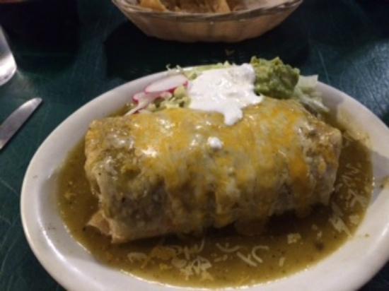 The Loco Frijole : chile verde burrito