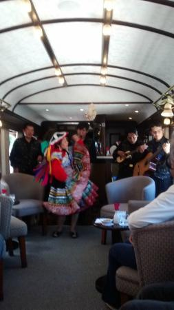 Andean Explorers Cusco: show tipico