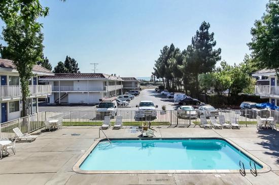Motel 6 San Jose South: Exterior