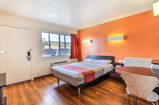 Motel 6 San Jose South: Guest Room