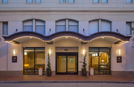 hyatt place new orleans convention center 125 1 4 5. Black Bedroom Furniture Sets. Home Design Ideas