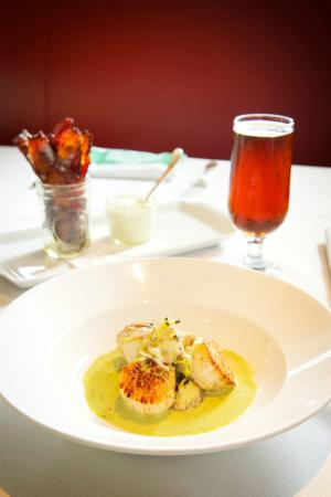 Smith & Wollensky - Philadelphia: Scallops & Bacon App