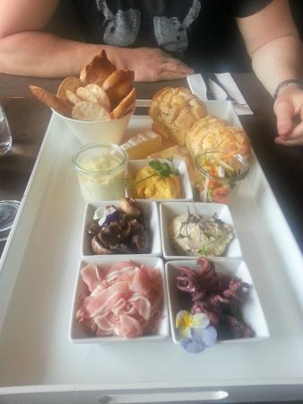 Church Road Winery Cellar Door & Restaurant: Platter