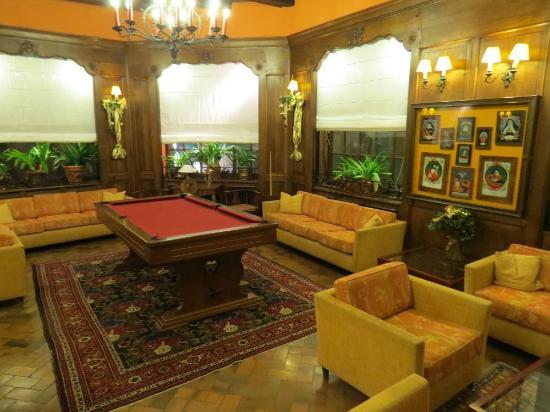 BEST WESTERN Monopole Métropole : The traditional lounge