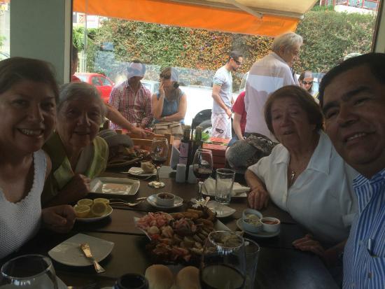 Aqui Jaime Restaurante: Mi familia