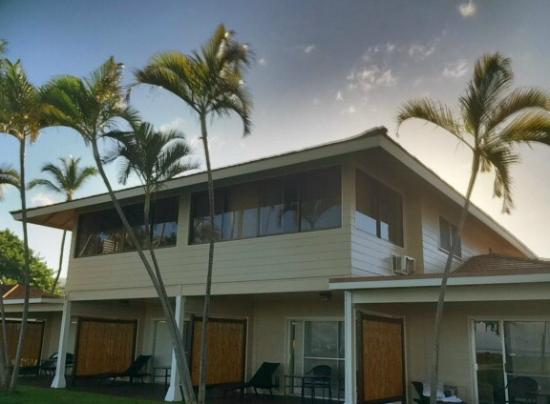 cottage with upper story the 1 bedroom cottage huge picture of rh tripadvisor com royal lahaina cottage renovations royal lahaina cottages maui