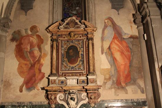 Church of Santa Felicita: L'Annonciation de Pontormo ; rarement visible comme cela.