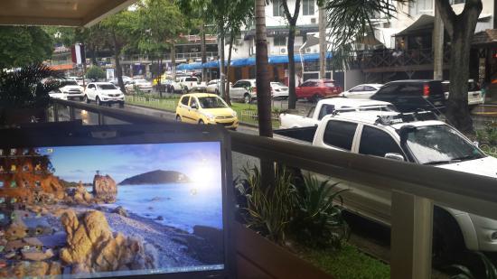 The Saba Hotel: Terraza de la recepción del hotel.