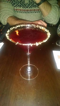 Victoria Gastro Pub: The Pomtini