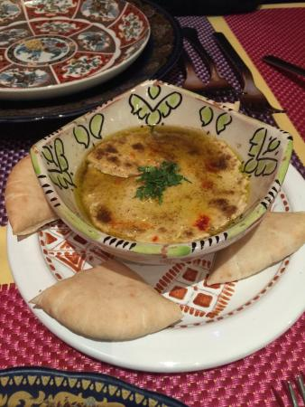Al-Medina: Hummus