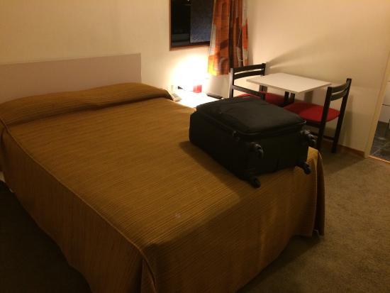 Camino Real Hotel : Cuarto amplio y acogedor, la mejor cama para descansar