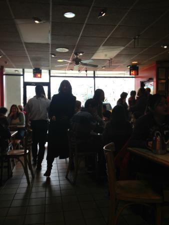 A & J Restaurant: Restaurant
