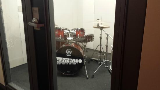 Rhythm! Discovery Center: Drums in Soundproof Room