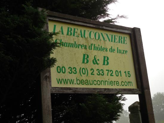 La Beauconniere : Street side sign