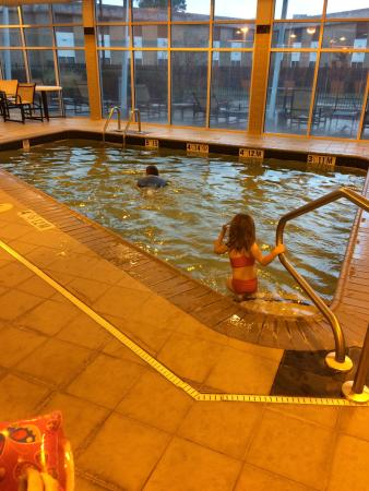 DoubleTree by Hilton Hotel Baton Rouge: Indoor heated pool