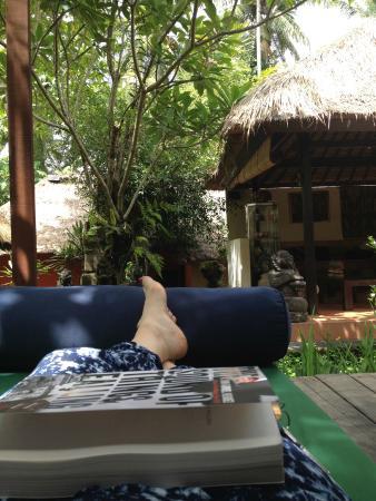 Ubud Sari Health Resort: day bed area