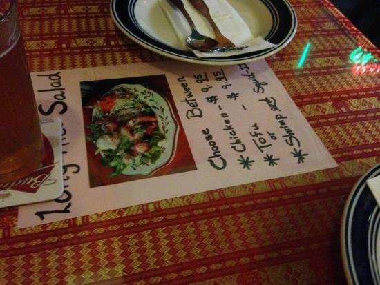 New Chiang Mai Thai Cuisine : Strange way of presenting dish-of-the-day? Or very effective?