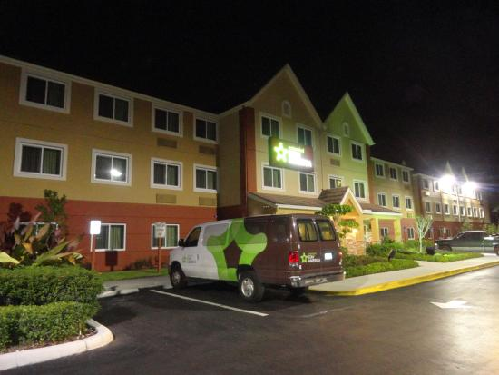 Extended Stay America - Miami - Airport - Miami Springs: feb2014