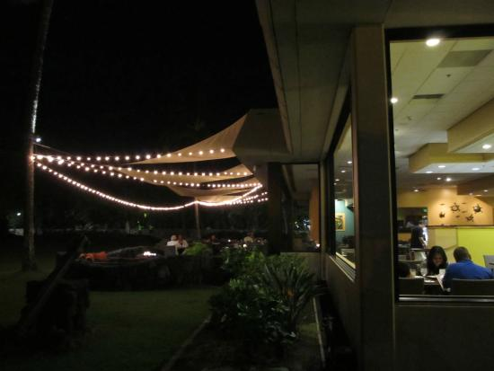 Quinn's Almost By The Sea: OutsideView
