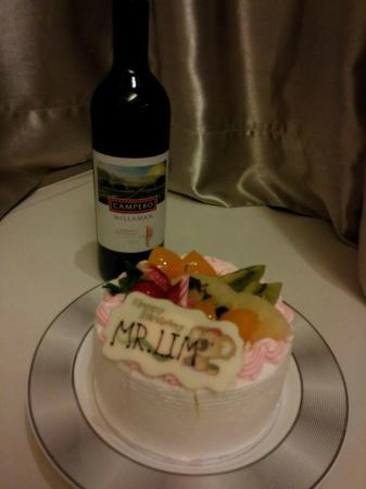 Dorsett Mongkok Hong Kong Birthday Cake And Complimentary Red Wine