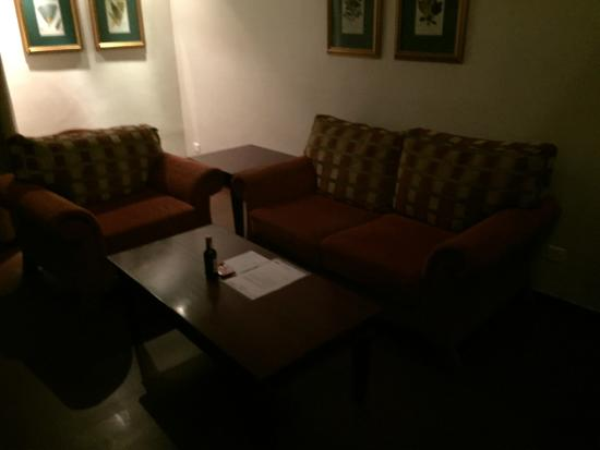 BON Hotel Abuja: Living room