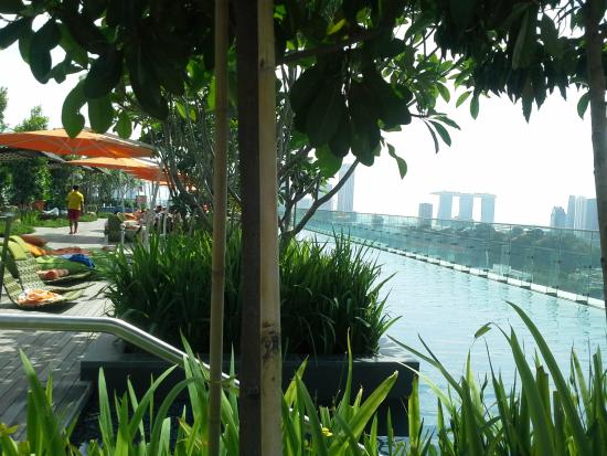 how to go to hotel jen orchardgateway