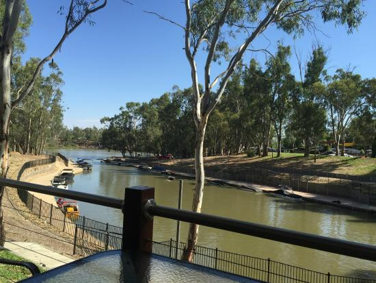 Discovery Parks – Maidens Inn, Moama: The view from our Villa
