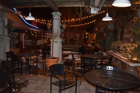 Outdoor Seating Picture Of Pappadeaux Seafood Kitchen Greenwood