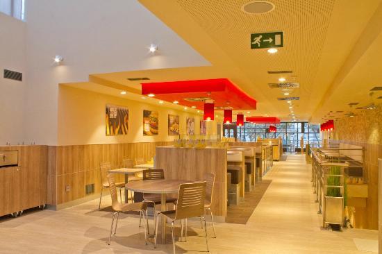 Les Petites-Loges, Francia: Burger King