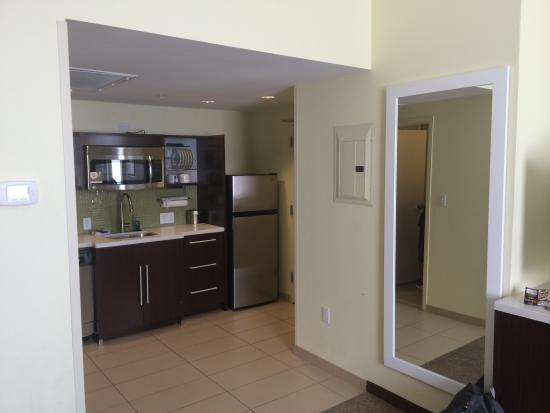 Home2 Suites by Hilton San Antonio Downtown - Riverwalk: Rm1421 - 1 King Bed Studio Suite - Non-Smoking