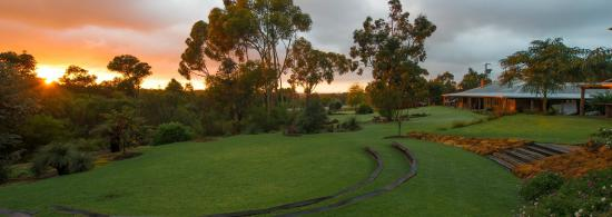 Quindalup, Australia: The breathtaking grounds at Happs Winery and Pottery