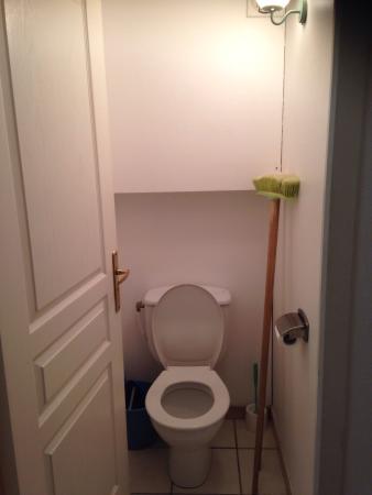 Cela Canet - Residence Malibu Village : First floor toilet.