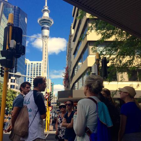 Auckland Free Walking Tours: Part way through the tour with Oscar