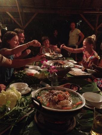 เดอะ อันดามัน ซันฟาวเวอร์ รีสอร์ท แอนด์ สปา: Buffet at Andaman Sunflower