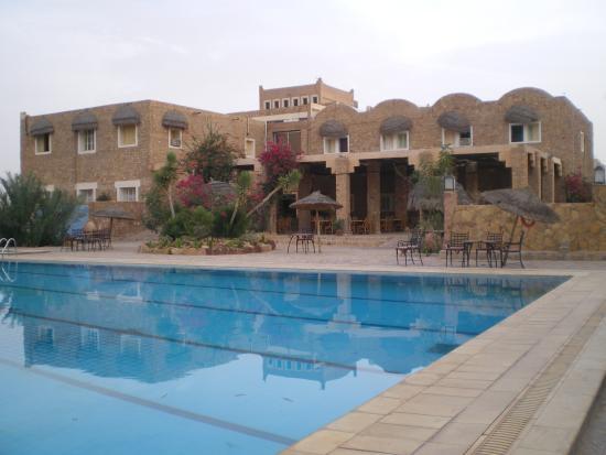 Hotel Dakyanus : the Dakyanus  and its pool