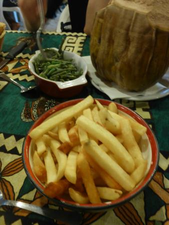 Restaurant Coco D'isle : side Beans and Fries