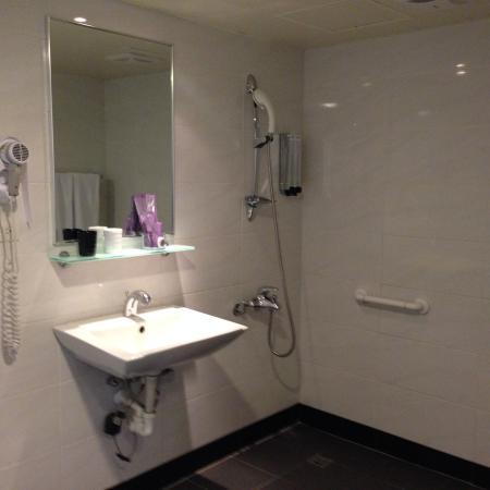 Ximen Citizen Hotel Main Building: Bathroom