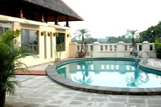 Grand Cemara Hotel : Swimming Pool