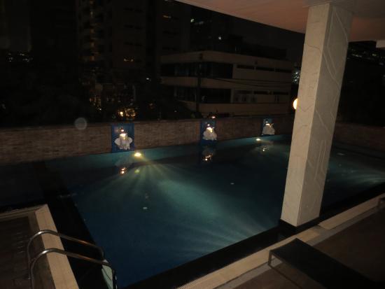 Bangkok Patio : 付属プール
