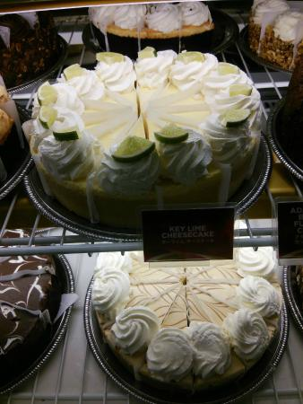 The Cheesecake Factory: チーズケーキ・ファクトリー