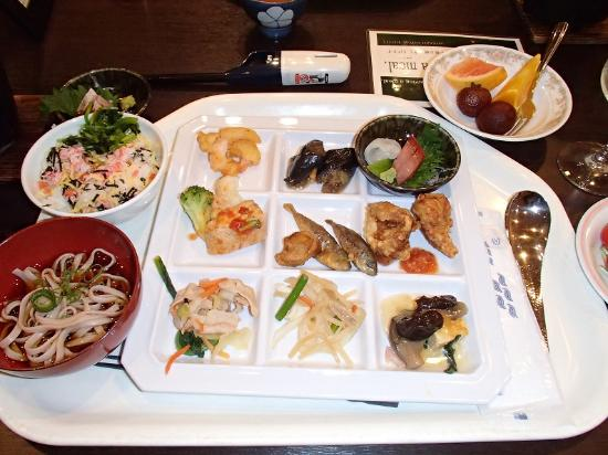 Miyazu Royal Hotel : 夕食バイキング